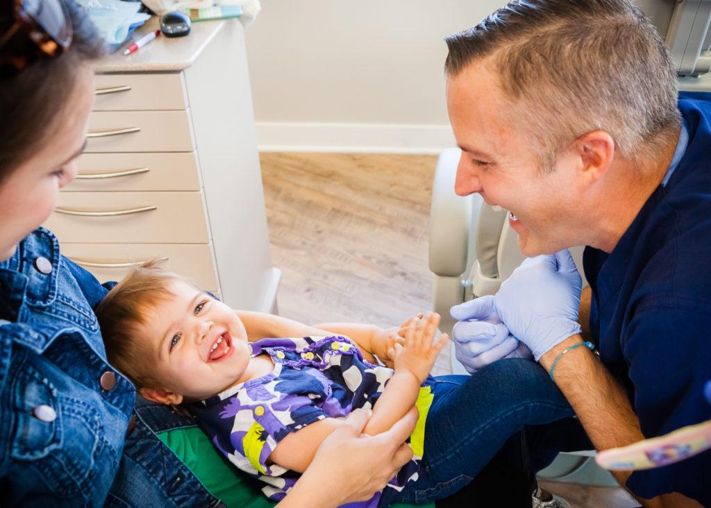 Pediatric dentist Gilberts